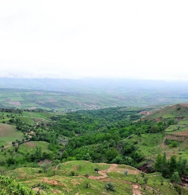 نمایی از طبیعت سرسبز روستای تاتار بجنورد
